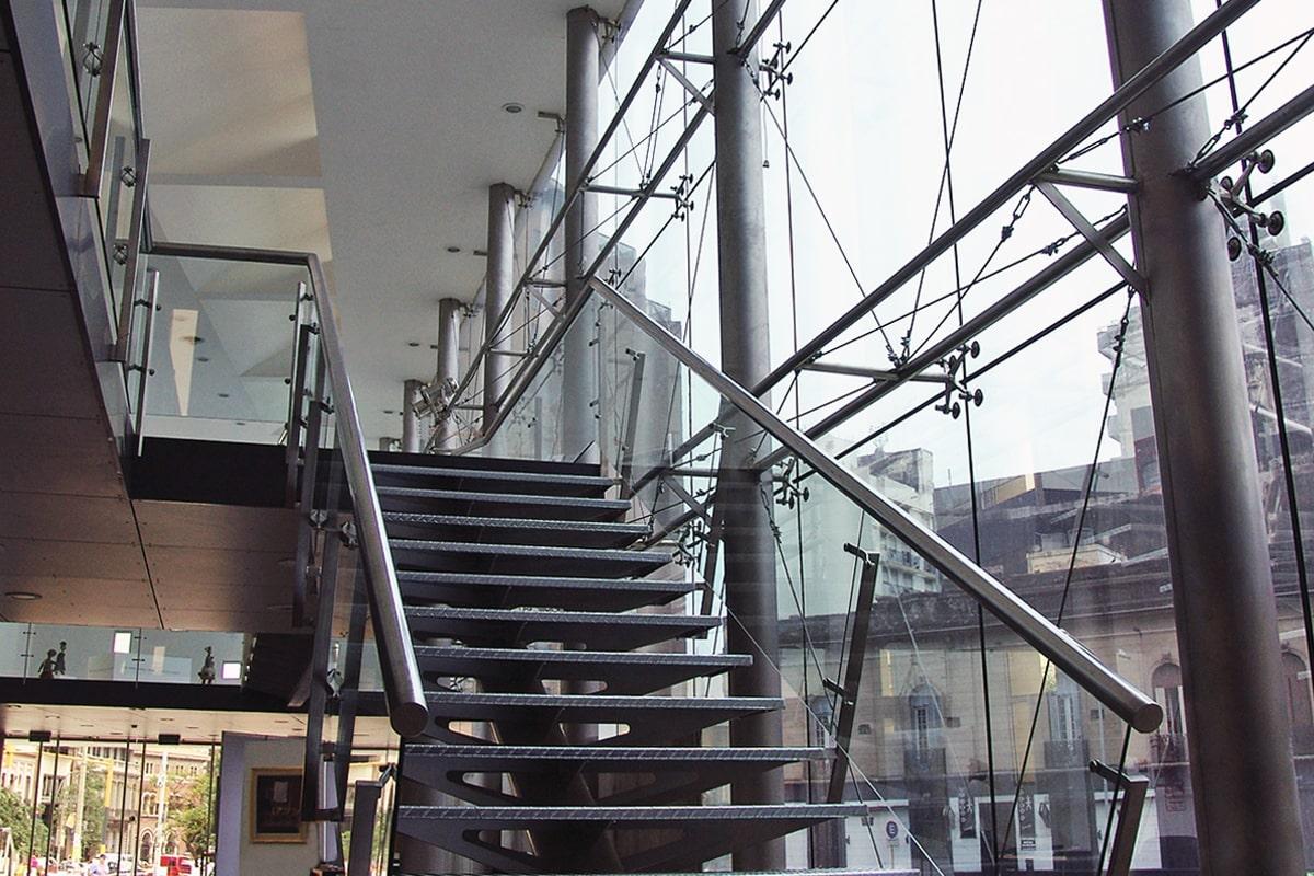 henisa-vidrio-suspendido